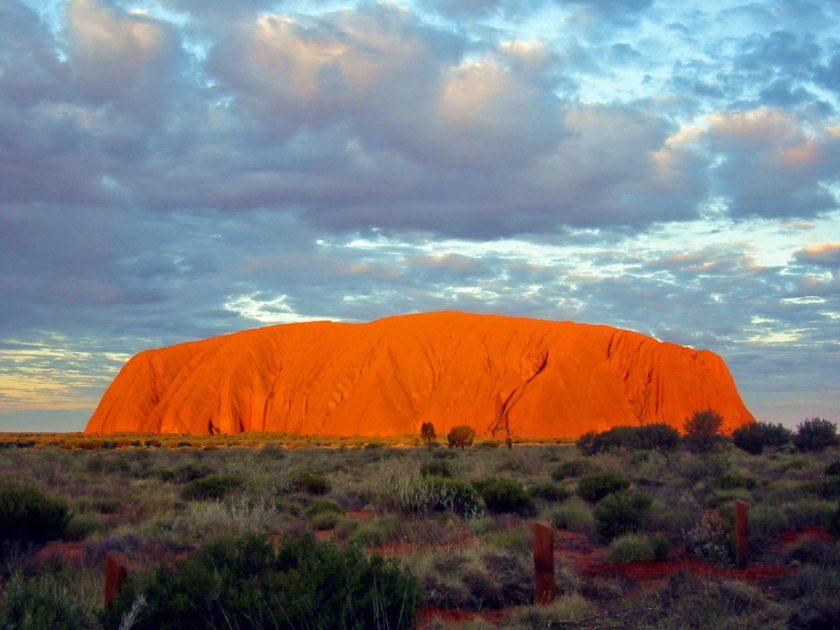 Uluru_Australia(1)